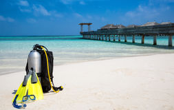 Scuba diving gear on Maldivian beach Royalty Free Stock Photos