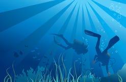 Scuba-duikers, het onderwater overzeese leven Royalty-vrije Stock Foto's
