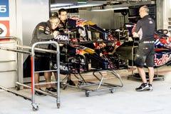 Scuderia Toro Rosso mecánicos En el boxeo Imagen de archivo