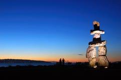 sculptrue Vancouver del inukshuk Foto de archivo