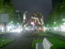 Sculpture à chaînes cassée à Berlin Image libre de droits
