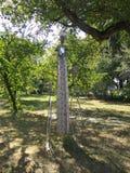 Sculpture abstraite en fer au château de Hasdeu image stock