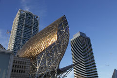 Sculpture Barcelone en poissons Photo stock