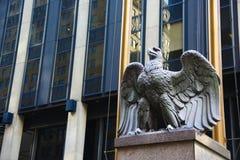 Sculpture d'aigle à New York Image libre de droits