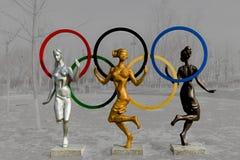 Sculpture - danse de la jeunesse. Photographie stock libre de droits