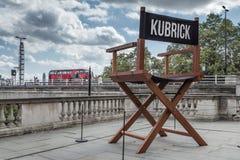 Sculpture de la chaise du directeur de Stanley Kubrick en dehors de Somerset House Photographie stock libre de droits