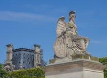 Sculpture de la déesse Athéna à Paris, France Photographie stock libre de droits