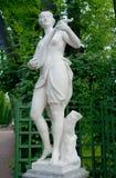 Sculpture de Terpsichore, jardin d'été, St Petersbourg Photographie stock libre de droits
