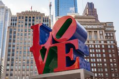 Sculpture en amour à Philadelphie, Pennsylvanie Images libres de droits