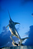 Sculpture en argent de marlin d'espadons de Broadbill Photographie stock