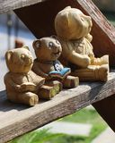 Sculpture en bois en ours Photo stock