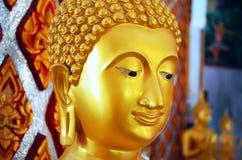 Sculpture en Bouddha dans le temple de la Thaïlande Images stock