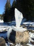 Sculpture en glace d'un dragon photographie stock