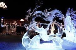 Sculpture en glace d'un dragon Image libre de droits