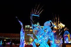 Sculpture en glace d'un dragon Images libres de droits
