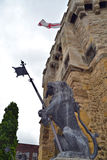 Sculpture en lion avec sa langue traînant Photographie stock