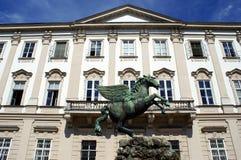 Sculpture en Pegasus dans le jardin de Mirabell photographie stock