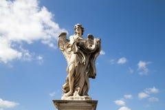 Sculpture en pont d'ange de saint Images libres de droits