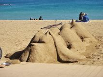 Sculpture en sable sur la plage de Barceloneta l'espagne Image stock