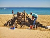 Sculpture en sable sur la plage de Barceloneta l'espagne photos stock