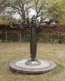 Sculpture par George Tobolowsky en dehors du Musée d'Art biblique à Dallas, le Texas image libre de droits