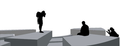 Sculpture Photographers. Three silhoutted figures in different stances photographing a central object Stock Illustration