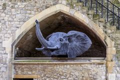 Sculpture relating to the past London Tower Zoo Royalty Free Stock Photos