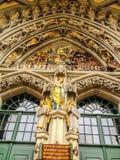 Sculpture remarquable, le dernier jugement, découpé au-dessus de l'entrée principale de St Vincent Cathedral Munster Kirche chez  images libres de droits