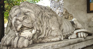 Sculpture of sleeping lion Royalty Free Stock Photos