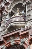 Sculpture sur le balcon Photo stock