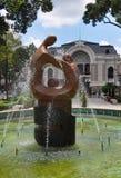 Sculpture, théatre de l'$opéra, Ho Chi Minh Ville, Vietnam photographie stock