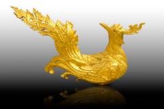 Sculpture traditionnelle thaïlandaise en oiseau Image stock
