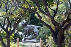 Sculpture Tusey Meuse, Nice. The figure of a lioness that paws crushed an antelope in Albert 1 Park stock images