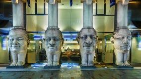 4 sculptures abstraites en têtes et en jambes chez Dotonbori Image libre de droits