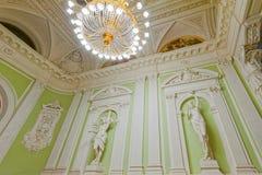 Sculptures antiques à l'intérieur de palais de mariage Photographie stock libre de droits
