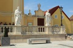 Sculptures d'une église baroque dans Laxenburg, Autriche photographie stock