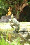 sculptures dans le temple bouddhiste Photographie stock libre de droits