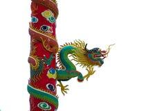 Sculptures en dragon d'or sur le poteau Photo libre de droits