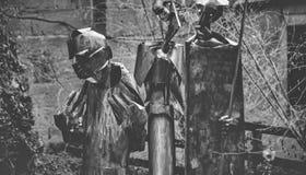 sculptures en métal dans le jardin Images stock