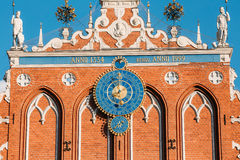 Sculptures On The Facade Of  The House Of Blackheads In Riga, La Stock Photography