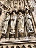 Sculptures portiques de cathédrale de Notre Dame Photographie stock