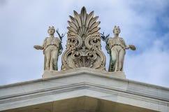 Sculptures sur le toit de Zappeion photos libres de droits