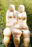 Scultpture delle terraglie delle donne fotografie stock