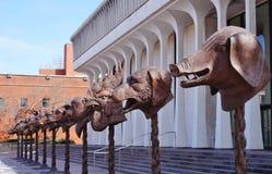 Scultura capa dello zodiaco da Ai Weiwei in Princeton, NJ Fotografia Stock Libera da Diritti