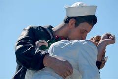 Scultura del bacio famoso di giorno di VJ Fotografia Stock Libera da Diritti