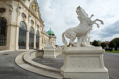Scultura del cavallo al palazzo di belvedere a Vienna Immagine Stock Libera da Diritti