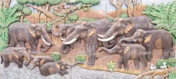 Scultura del cemento dell'elefante Fotografie Stock Libere da Diritti