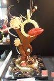 Scultura del cioccolato sul tema di amore Immagine Stock