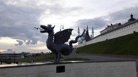Scultura del drago a Kazan fotografie stock libere da diritti