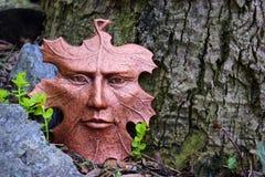 Scultura del fronte della foglia nel giardino Fotografia Stock